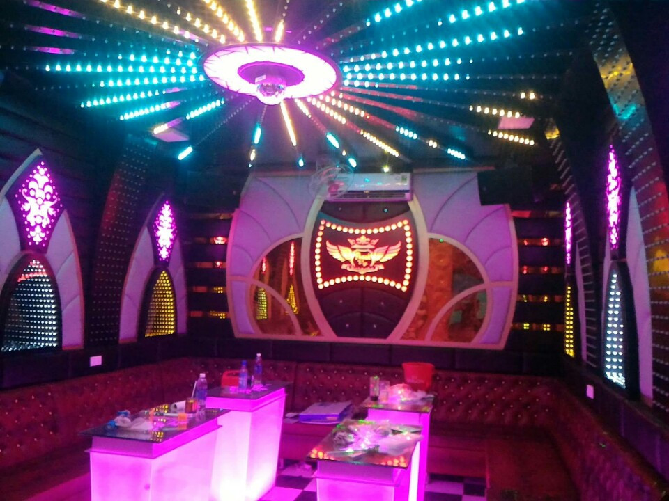 Giới thiệu dịch vụ thiết kế phòng hát karaoke gia đình