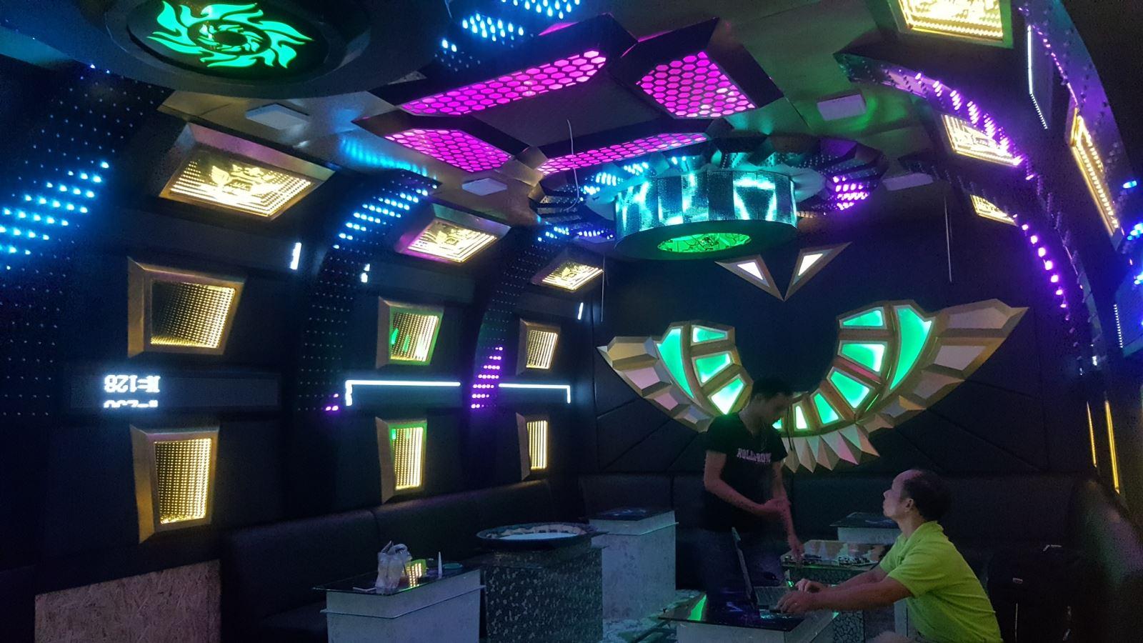 Những điều cần biết về thiết kế phòng hát Karaoke