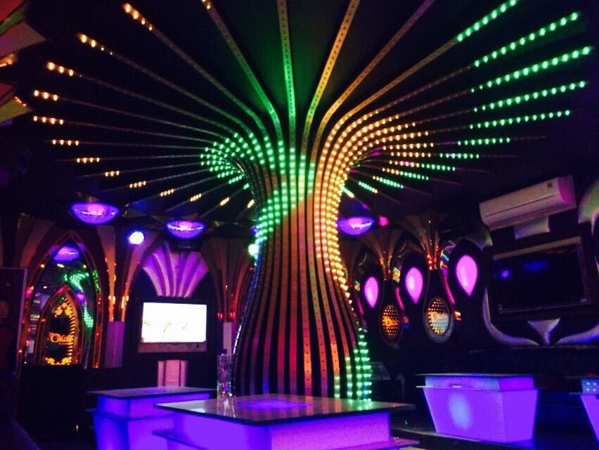 Phòng karaoke led hiện đại