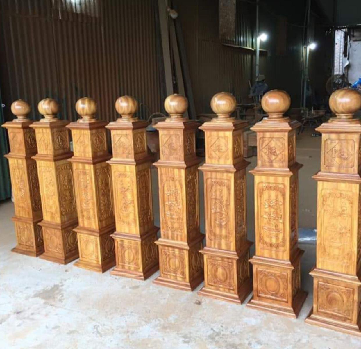 Trụ cầu thang gỗ